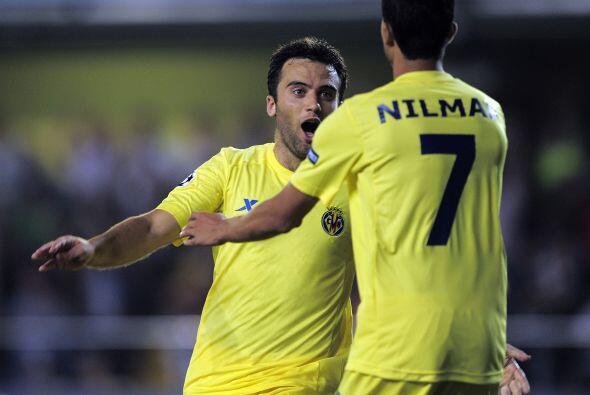 El italiano Giuseppe Rossi se encargó de encarrilar el partido para los...