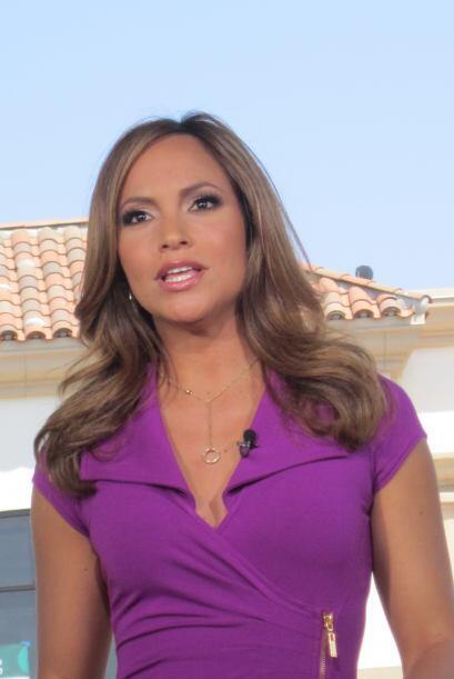 ¡Satcha Pretto en acción! Una presentadora de Impacto.
