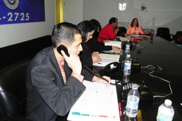 Univision Chicago llevó a cabo un evento con expertos que contest...