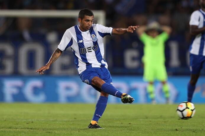 Domingo 20 de agosto: el F.C. Porto (Jesús Corona, Héctor Herrera, Diego...