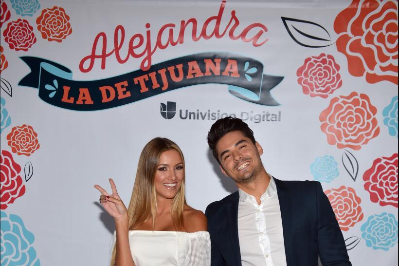 Andrea y Pipe Ale la de Tijuana