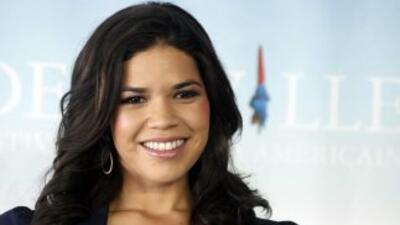 La actriz hispana America Ferrara se sumó a la larga lista de personalid...