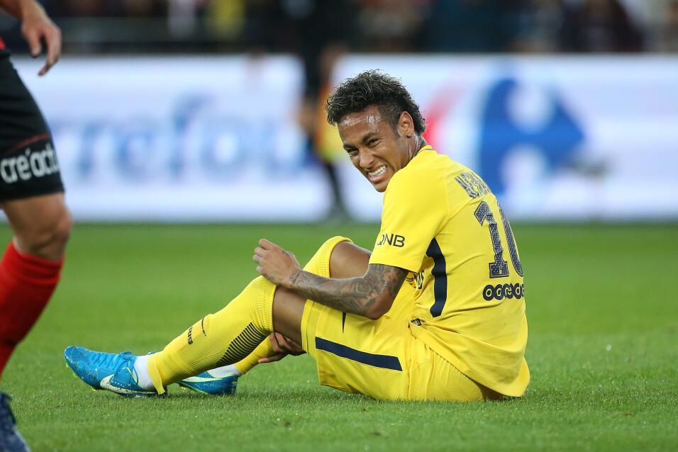 Neymar tuvo debut de ensueño en triunfo del PSG GettyImages-831102488.jpg