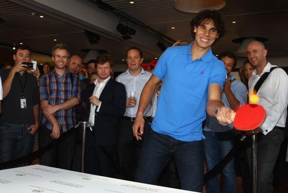 Los asistentes disfrutaron de la presencia del deportista español..