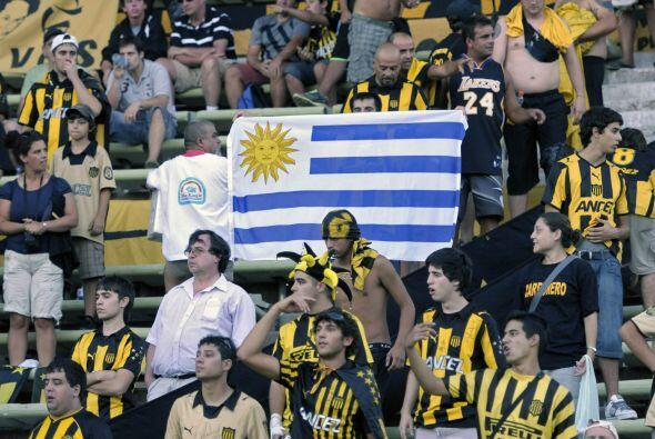 Aficionados aurinegros siguieron a su equipo hasta los Andes y se fueron...
