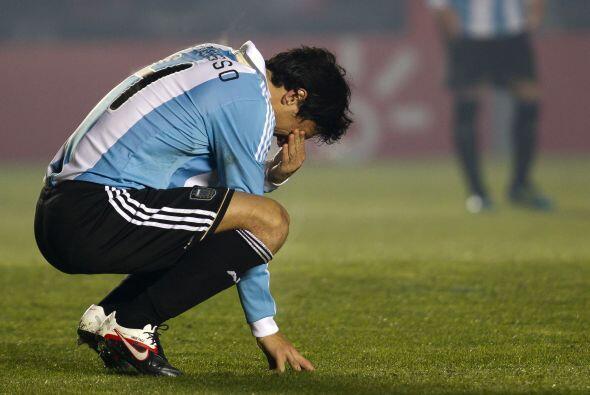 Nicolás Burdisso, el fiel reflejo de la frustración argentina en lo que...