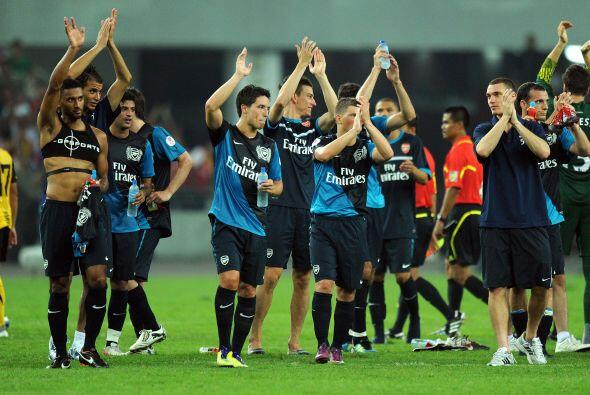 Fácil triunfo del Arsenal en su primer duelo de esta gira asiática.