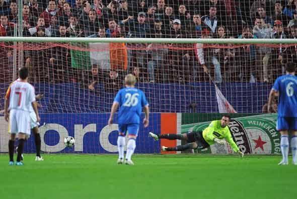 Este gol del Sevilla le dio el triunfo para cerrar una buena primera fase.