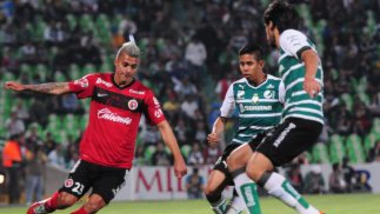 Santos llega como tercer lugar en su visita a Xolos.