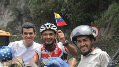 Tras 35 días de pedaleo, cuatro migrantes venezolanos llegan a Perú en bicicleta