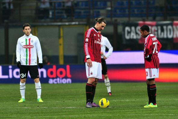 Los 'rossoneri' sientieron el golpe de ir perdiendo.