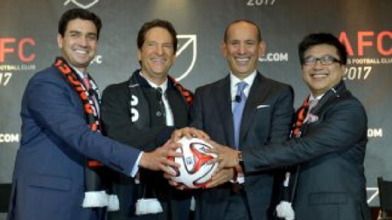 Dirigentes del LAFC.