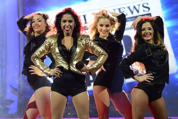 Estuvo acompañada de las bailarinas de Va Por Ti.