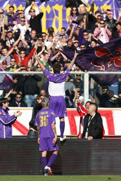 El rumano marcó un doblete y Alberto Gilardino puso el 3-0 definitivo.
