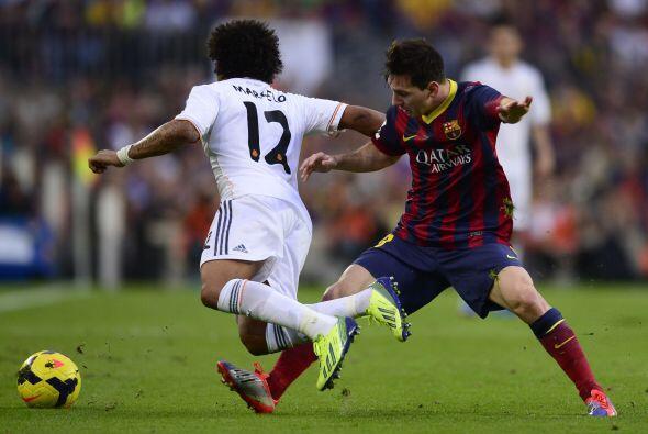 Marcelo trató de apoyar el ataque por la banda izquierda.