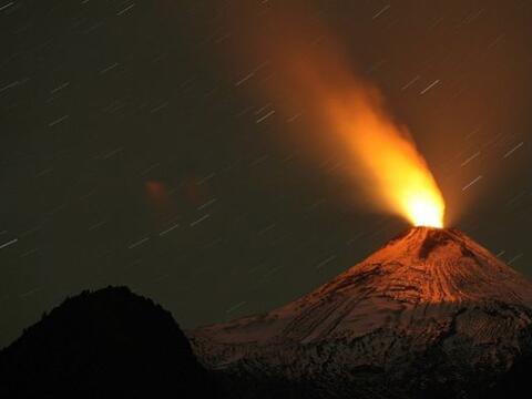 La erupción del coloso chileno ha dejado una serie de imág...