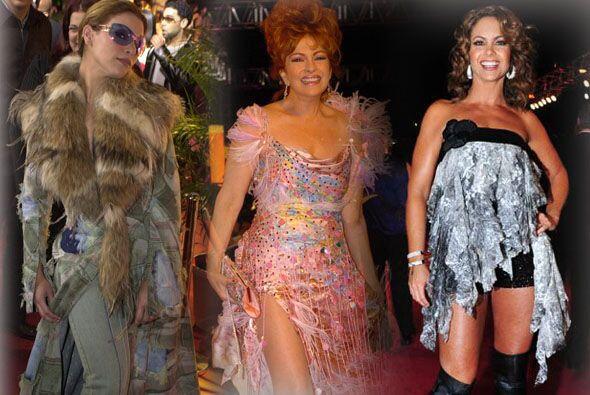 Prepara tu vista, porque te presentamos los peores vestidos que han luci...