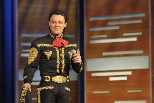 El cantante mexicano Pedro Fernández llegó a ponerle ritmo...