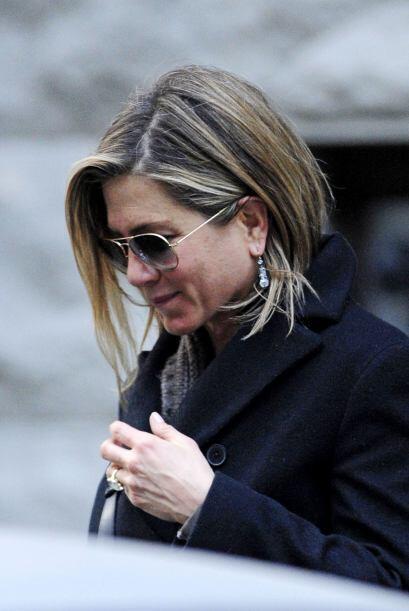 Jennifer se vio muy feliz con su pareja, el actor y guionista Justin The...