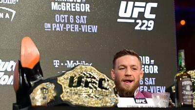 Conor McGregor firma nuevo contrato de seis peleas con UFC