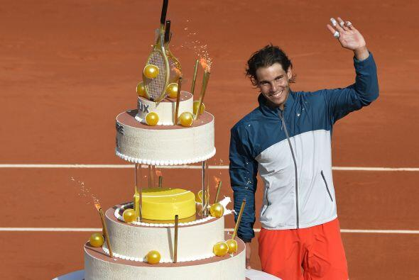 Nadal sumó su victoria número 56 en Roland Garros al cumplir 27 años ¡Fe...