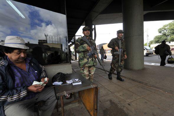 El director de de comunicaciones de las Fuerzas Armadas, Luis González i...