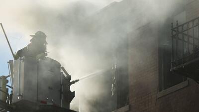 Juez rechaza petición para retrasar la implementación de paridad salarial entre bomberos y policías en Houston