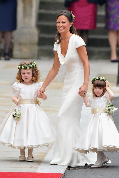 Junto con la esperada boda vino la revelación de belleza del a&nt...