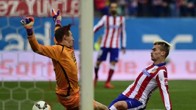 Griezmann anota su segundo gol ante el Elche en el triunfo colchonero.