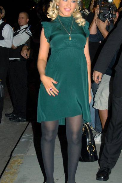 Así se veía la cantante a principios de su primer embarazo.