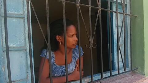 Residentes de La Habana Vieja piden ayuda en la Asamblea Municipal para...
