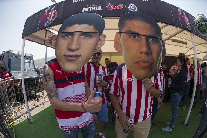 Aficionados de Chivas y Tigres disfrutaron de un gran espectáculo. Músic...