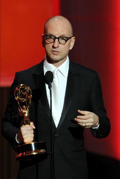 """Steven Soderbergh se llevó su Emmy por dirigir la cinta para TV """"Behind..."""