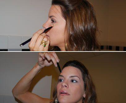 Lo más importante, la baseLo principal en el maquillaje es la base, el c...