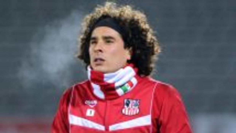 El arquero mexicano no es la única opción de los 'Reds' para ser el nuev...