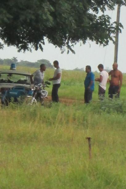 Agentes de la Policía Nacional y la Seguridad cubana en acción.