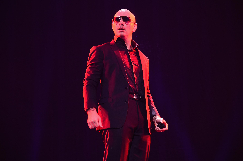 Pitbull estrena sencillo con el hijo de Bob Marley, y está que arde